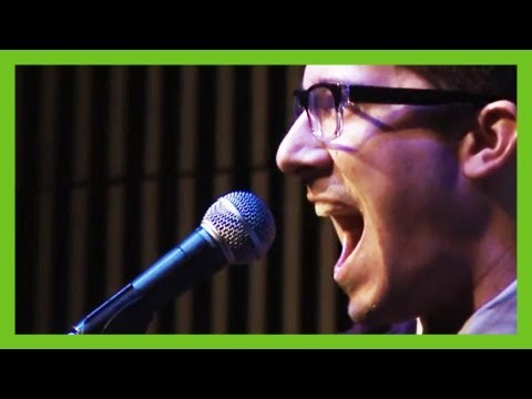 'Online Piracy' – funny musical comedy song by Steven Seller   ComComedy