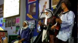 Tinariwen - Imidiwan Win Sahara (Live at Amoeba)