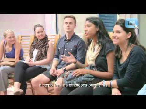 Faculdades Rio Branco visita a Página Editora com intercambistas