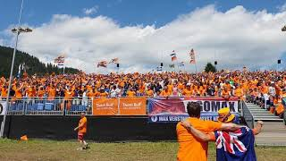 F1 GP austria 2018 Dutch fans go nuts on the stand max verstappen links naar rechts