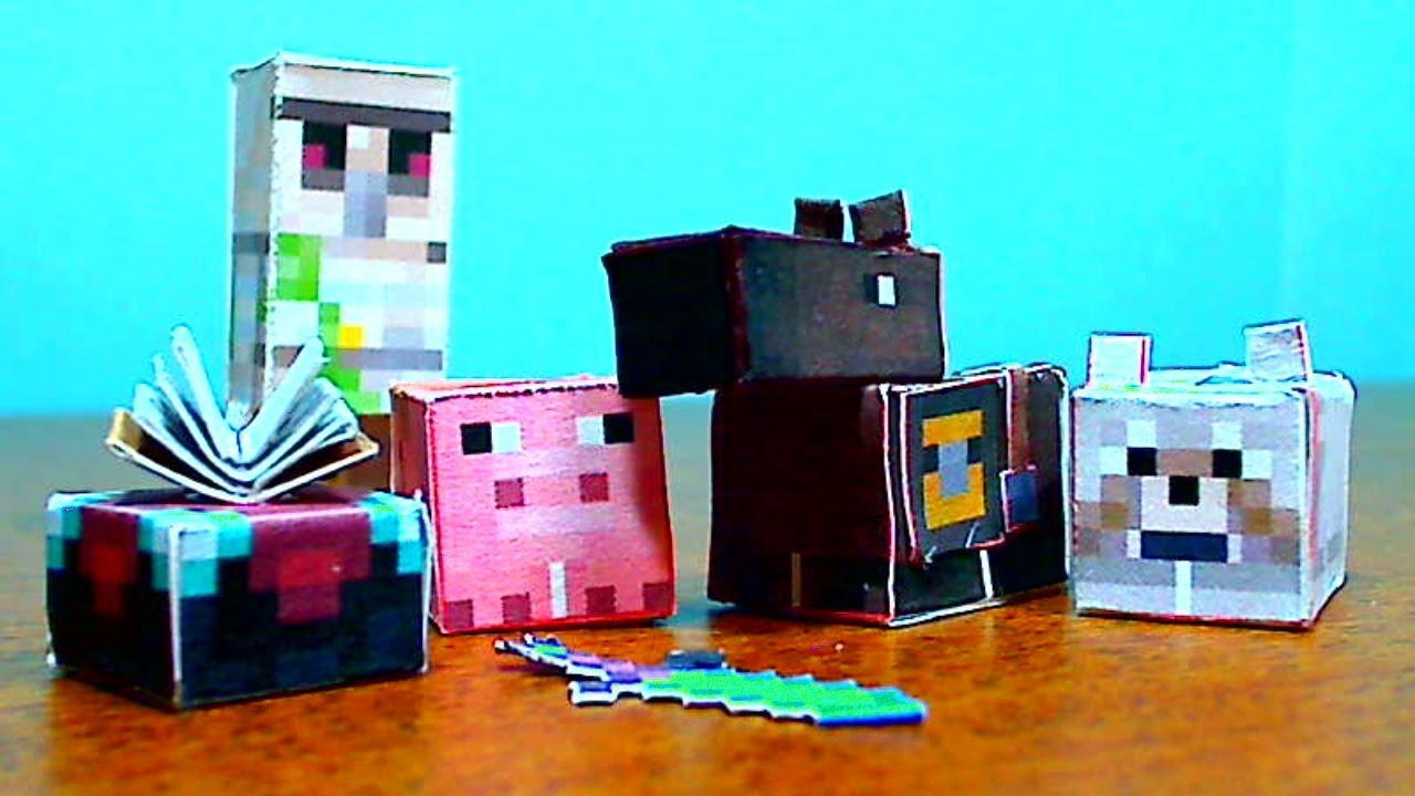 Papercraft DIY Minecraft Papercraft Utility Set- Horse, Pig, Iron Golem, Wolf, and Enchantment Table