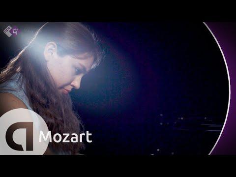 Piano Sonata No. 14, 1st Mov. - Lucie Horsch