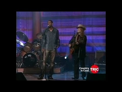 Willie Nelson Stars and Guitars 2002  Don't fade away w Brian McKnight