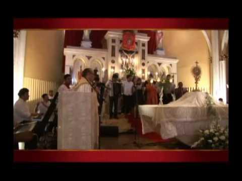 Tributo ao Cristo Rei - Padre Eugênio e Cantores com o Hino de Cristo Rei