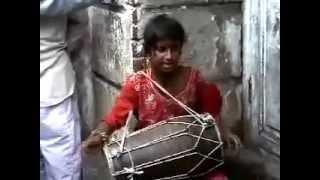 Indian Street Girl Singing a song In punjab