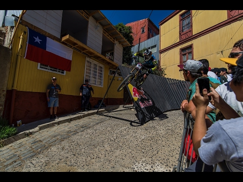 Valparaiso, Chile Race Run Logan Binggeli 2017 EXTREME URBAN DH