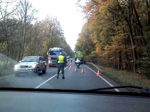German Police controls the traffic!! Polizei regelt den Verkehr!!