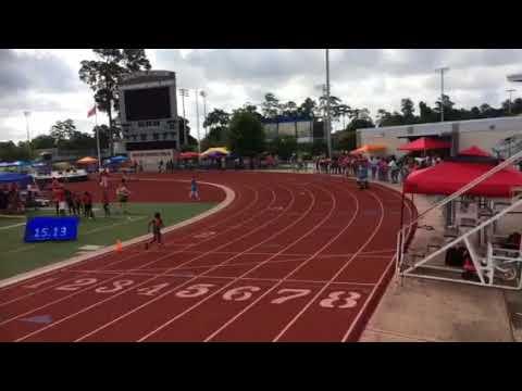 Julius Gee 7 years old run a 15.15 100 meter