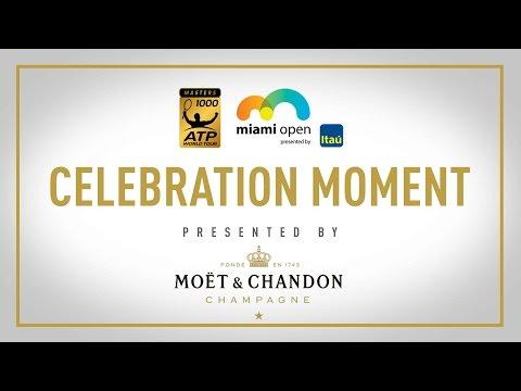 Moët Moment: Roger Federer Wins 2017 Miami Open