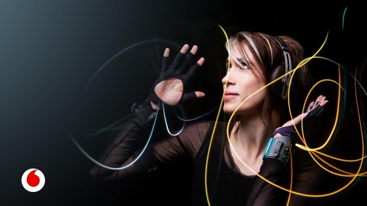 Imogen Heap, la artista que compone la banda sonora de los millennials