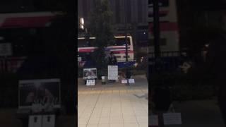 2016.11.28 大阪駅ルクア横 路上ライブ.