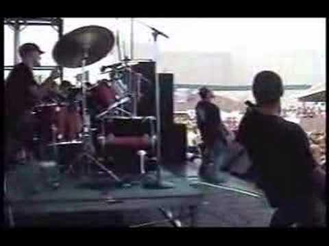Hatebreed - I Will Be Heard (Ozzfest 2001 CT)