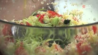 Цыпленок гриль. Салат с кускусом и овощами гриль