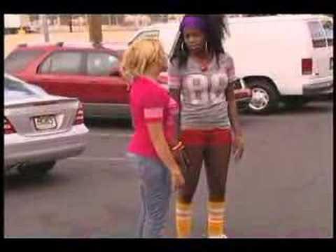 Taquita & Kaui Roller Skate