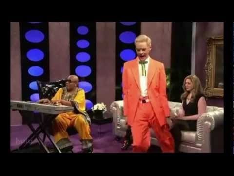 Bill Hader of Saturday Night Live doing the Colonel Nasty Dance! SNL NBC FUNNY!