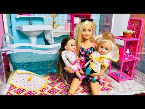 Barbie kids Ballet and Bath!!