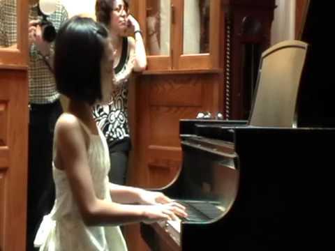 Zai Shui Yi Fang - Janet Wu, Piano