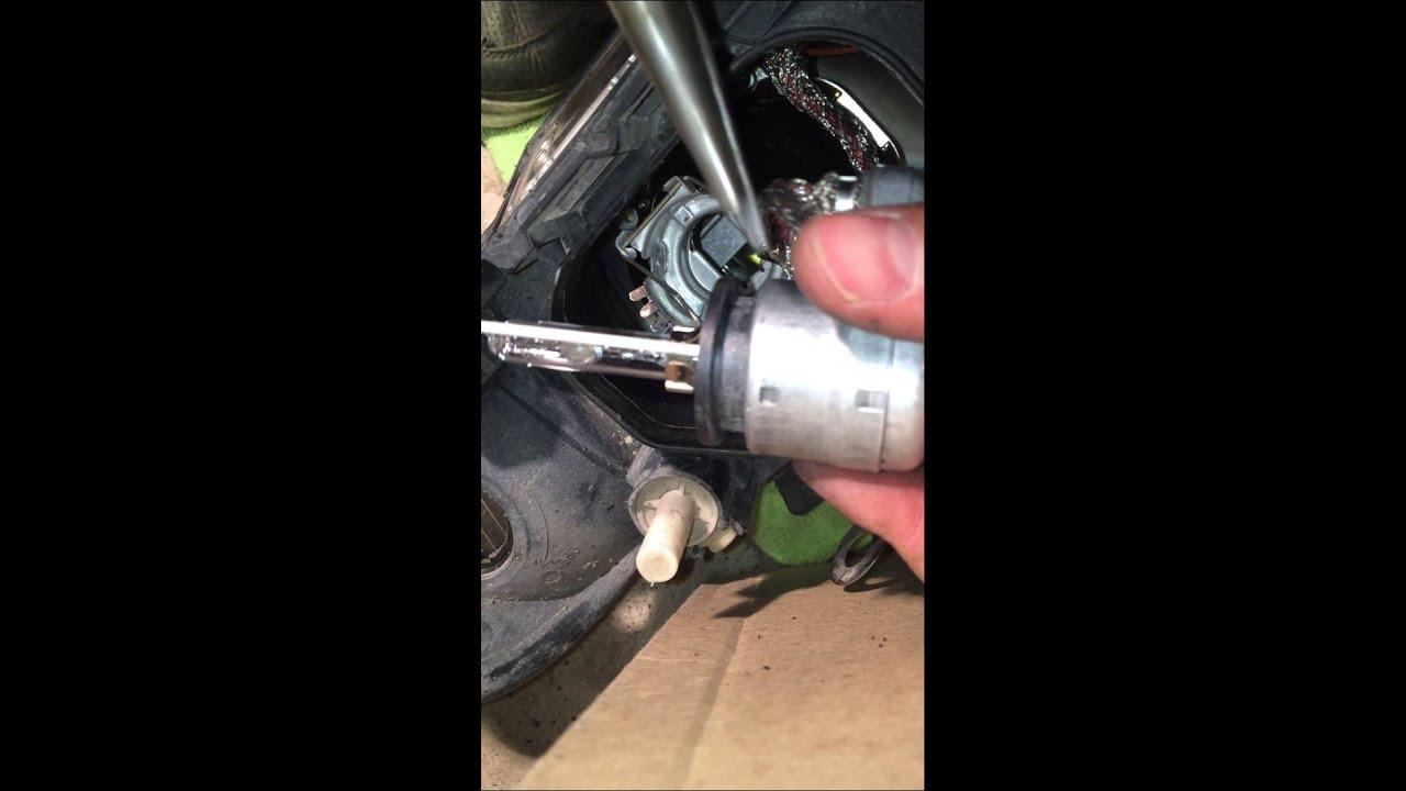 Audi A4 B5 - Lu D2S HID bulb vs OEM Osram Bulb - YouTube B Pat Hid Wiring Harness on