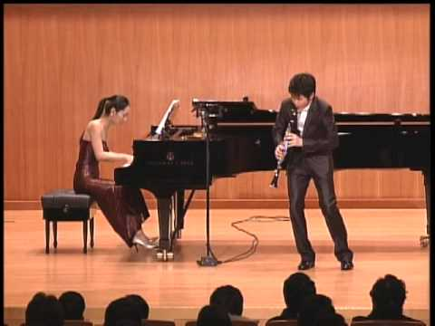Han Kim plays Sonata for Clarinet and Piano in E-flat Major, Op.167 by Camille Saint-Saens - I & II