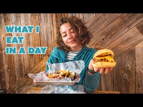 WHAT I EAT IN A DAY || in New York || Cheatmeal thumbnail