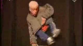 Random Puppet Man