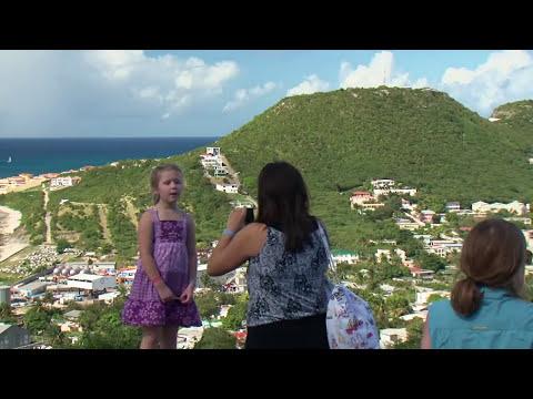 Discover St. Maarten Dutch & French