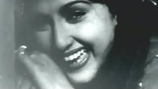 Zindagi Pyar Ki Do Char Ghadi - Bina Rai, Pradeep Kumar, Hemant Kumar, Anarkali Song