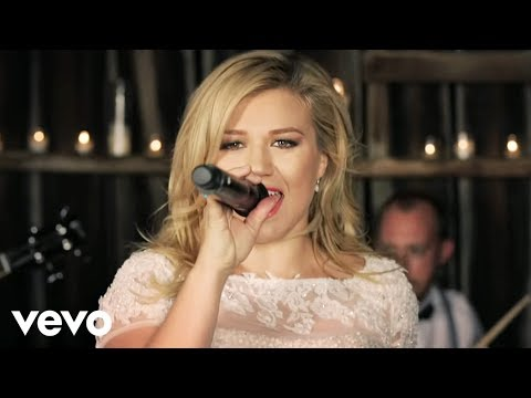 Kelly Clarkson - Tie It Up:歌詞+中文翻譯