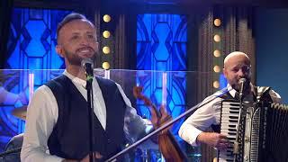 Píseň Dva duby - zpěv Kandráčovci - Show Jana Krause 2. 10. 2019