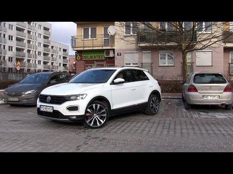 Park Assist in Volkswagen T-Roc - real life test :: [1001cas]