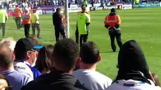 PITCH INVADER INSTANT KARMA | Huddersfield Town 0 Arsenal 1