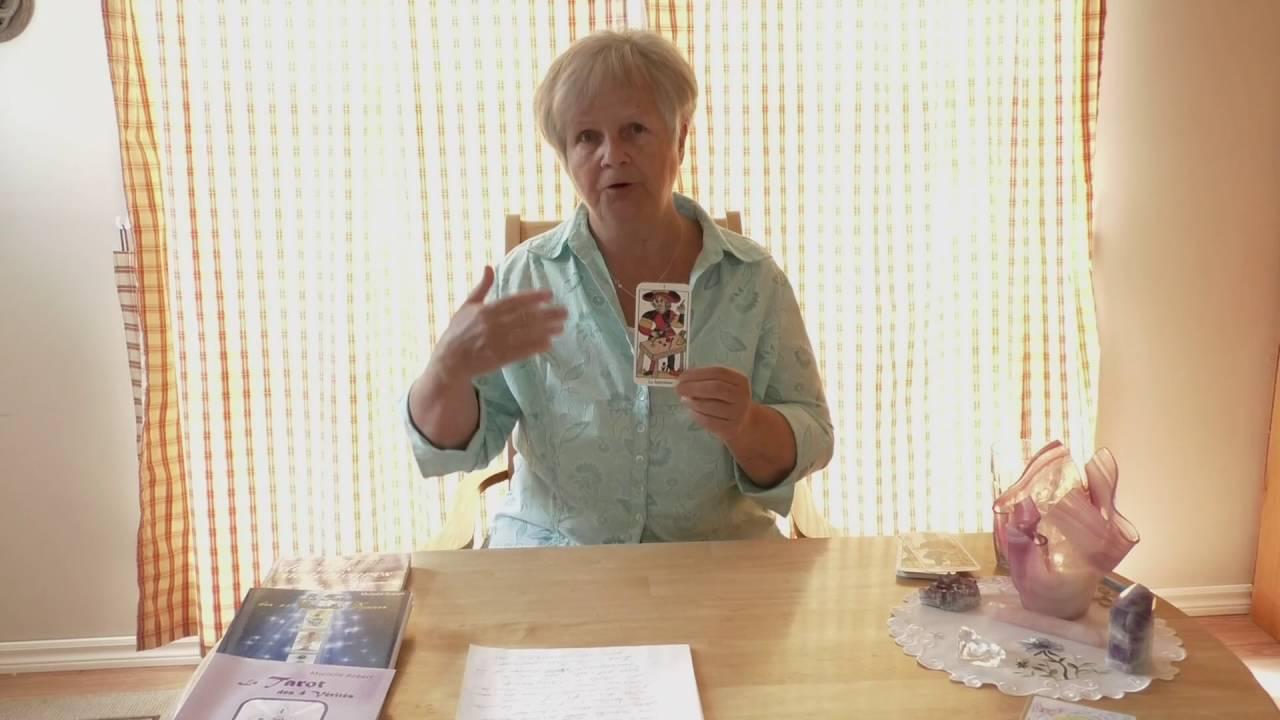 Murielle Robert présente son cheminement spirituel par le tarot et la  numérologie sacrée b4f08fd5cf2a