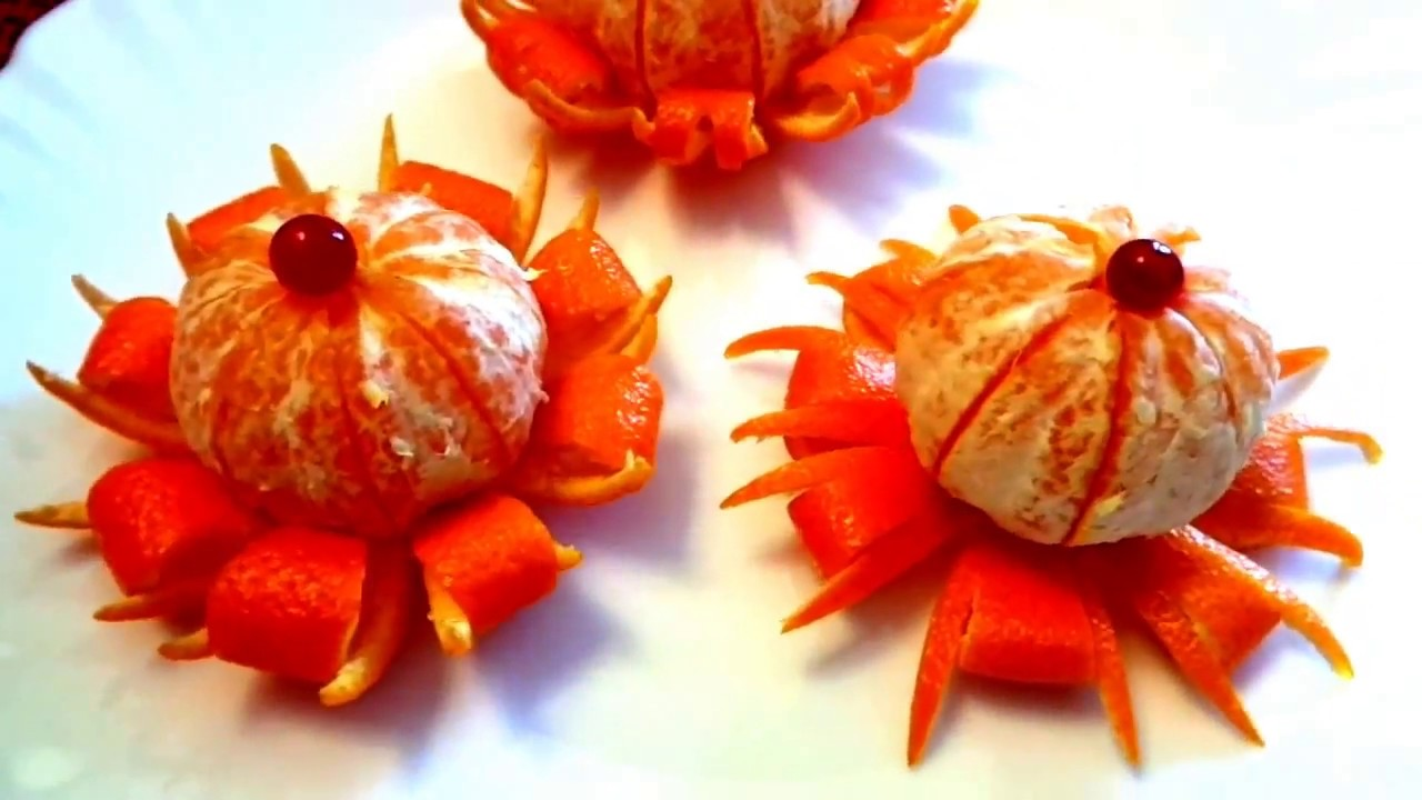 Art in mandarine garnish design fruits carving orange for Fruit orange decoration