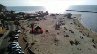 На пляже в Нетании (Израиль)(На пляжах Нетании, как и на всём побережье Средиземного моря Израиля, очень популярна игра маткот (пляжный..., 2015-01-27T16:46:25.000Z)