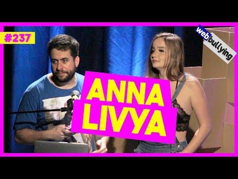 WEBBULLYING #237 - SERÁ QUE THOMAZ COSTA VAI RESISTIR À CASTIDADE? (C/ ANNA LIVYA)