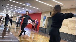 Девушка Танцует Прекрасно В Москве 2019 Лезгинка Бомба Салам Алейкум Братьям ALISHKA