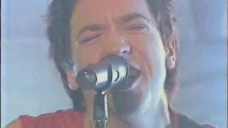 SHIHAD - Pacifier (the one where Jon destroys the stage with his guitar)