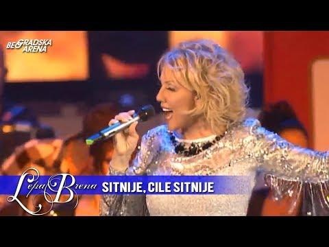 Lepa Brena - Sitnije, Cile sitnije - (LIVE) - (Beogradska Arena 20.10.2011.)