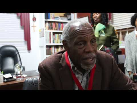 Danny Glover *** NEW  ***