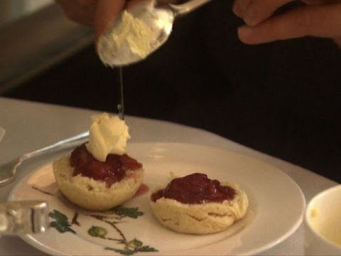 Clotted Cream - How Do They Do It?