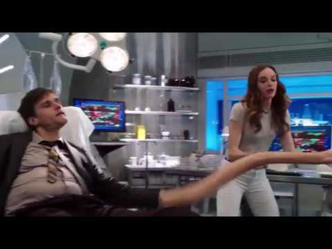 The Flash- Ralph Dibny at S.T.A.R Labs