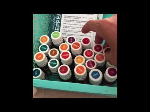 how-i-make-diy-lavender-linen-spray-with-essential-oils