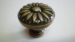 Ручка кнопка бронза Флоренция RК 003, Д=27 мм