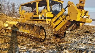 Cat D8k  Cleaning Up Bed Pack Manure