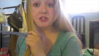 Straightening hair in 10 minutes Thumbnail