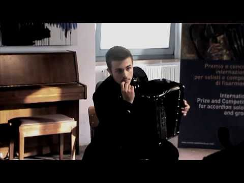 Petar Maric plays Averse by M.Ferrero