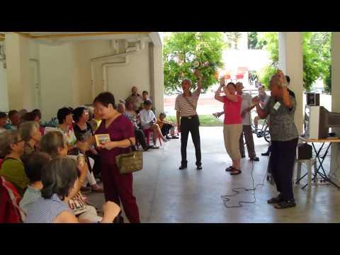 Happy Angel - BMV 123 & 117 Elderly & Volunteers Karaoke (3) - 08-05-2010