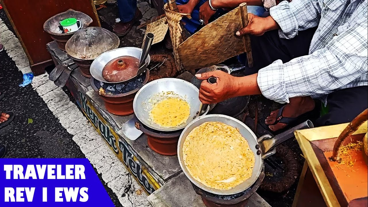 Indonesian Street Food Idjen Boulevard Car Free Day Malang Youtube