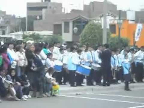 desfile  escolar  de  la  I.E  santa  maria  de  la  esperanza 80822