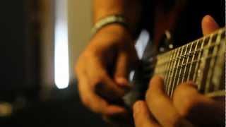 10 a.m. - Electric guitar solo
